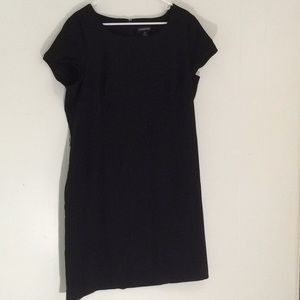 Dresses & Skirts - Componix Little Black Dress
